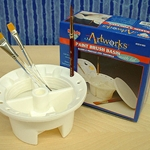 Plastic Brush Basin with Lid