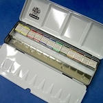 Schmincke Watercolor Set - Metal Box Set of 12 Half Pans