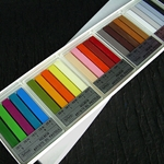 Holbein Oil Pastels Landscape Assortment of 25 Colors (Cardboard Box)