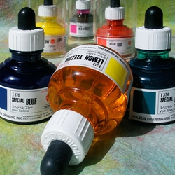 Holbein Drawing Ink - 1oz (30ml) Bottle