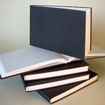"Kunst & Papier Stitch Bound Hardcover Sketchbook - Black 8.5""x6"""
