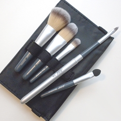 Silver Brush Beauty Brush 6 Piece Grey Handle - Black Case