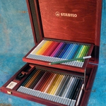 Carb Othello Pastel Pencil Set in a Metal Tin